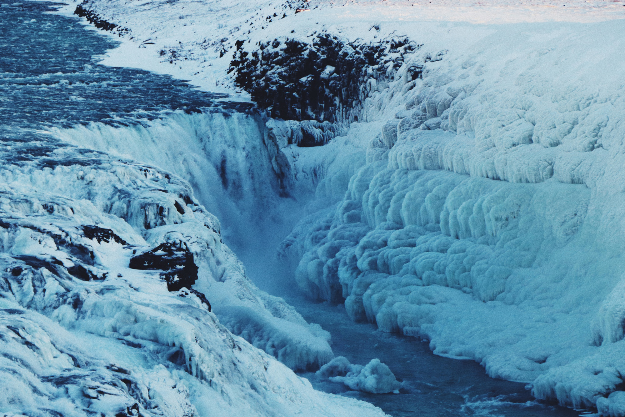 the-gullfoss-waterfall-iceland-wolfare
